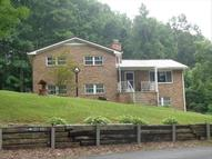 200 Hatfield Rd. Crab Orchard WV, 25827