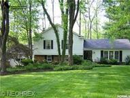 94 Carriage Stone Drive Chagrin Falls OH, 44022