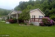 39 Petersburg Pike Franklin WV, 26807
