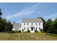 47 Peabody Dr Brentwood NH, 03833