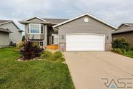 4901 S Galway Ave Sioux Falls SD, 57106
