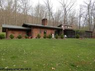 56 Lakeside Road Kingwood WV, 26537