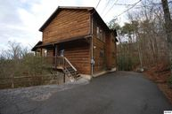 510 Geneva Lane Gatlinburg TN, 37738