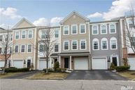 71 Maler Ln Patchogue NY, 11772