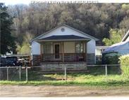 5133 Hughes Creek Rd Hugheston WV, 25110