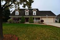 8299 S Country Club Cir Franklin WI, 53132