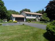 25 Fox Hill Rd North Haven CT, 06473