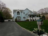 71 Greenport Ave Medford NY, 11763