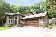 4528 Oak Leaf Circle Eagan MN, 55123
