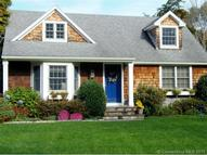 17 Twin Coves Rd Madison CT, 06443