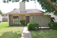2820 Forest Bend Bryan TX, 77801