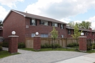 Romfield Apartments Thornhill ON, L3T 3H4