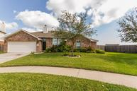 606 Chase More Ct Bacliff TX, 77518