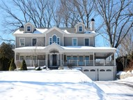 18 Old Wagon Road Old Greenwich CT, 06870