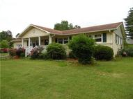 35 Horseshoe Bend Rd Leoma TN, 38468