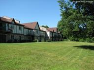 Golfview Manor Apartments Bristol IN, 46507