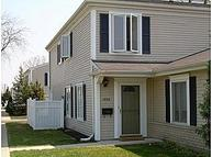 1006 Cove Prospect Heights IL, 60070