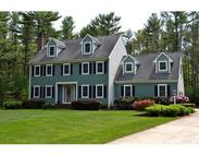 27 Earls Ct Rochester MA, 02770