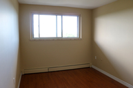 London Road Apartments Sarnia ON, N7T 7S9