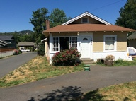1850 Nw Hawthorne Grants Pass OR, 97526