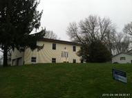 110 Meadowhaven Dr Zanesville OH, 43701