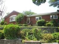 48-16 Browvale Ln Little Neck NY, 11362