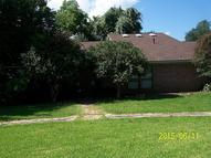 200 Beaumont Anahuac TX, 77514