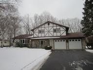 11 Woodhaven Dr Rochester NY, 14625
