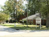 Woodshire Duplexes and Townhouses Apartments Hattiesburg MS, 39402