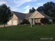 116 Timberview Drive Staunton IL, 62088