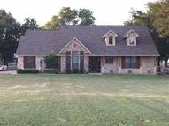 112 Plantation Oaks Court Springtown TX, 76082