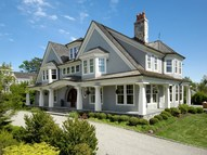 7 Little Cove Place Old Greenwich CT, 06870