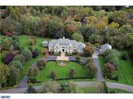 405 Pond View Dr Moorestown NJ, 08057