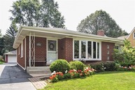 109 North Waverly Place Mount Prospect IL, 60056