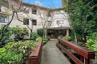 7930 Se 34th St #401 Mercer Island WA, 98040