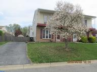 618 W Wiltshire Dr Wallingford PA, 19086
