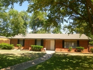 124 Twilight Cir Desoto TX, 75115
