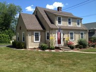 87 Lake St West Haven CT, 06516
