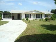 28 W Russell  Ave Lake Wales FL, 33853