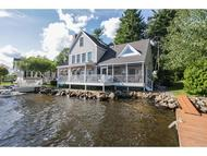 47 North Shore Rd Derry NH, 03038