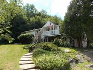 33 Plaza Village Rd 33d Plymouth NH, 03264