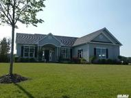 9 Hamptons Court E Dr Eastport NY, 11941
