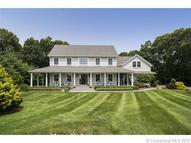 8 Whisper Cove Rd Old Saybrook CT, 06475