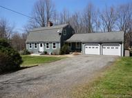 28 Tilquist Rd Oxford CT, 06478
