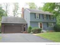 122 Lamplighter Drive Manchester CT, 06040