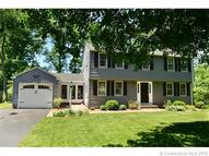 17 Woodland Ter Suffield CT, 06078