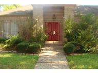 7615 Rollingbrook Dr Houston TX, 77071