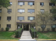 6660 South Brainard Avenue 409 Countryside IL, 60525