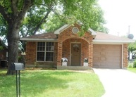 8205 Downe Dr Fort Worth TX, 76108