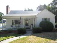 24 Pleasant St Wallingford CT, 06492